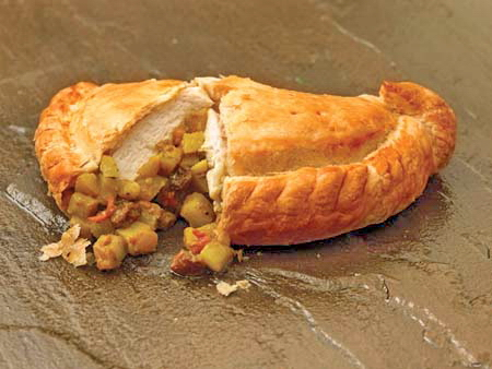 Crantock Bakery: Chicken pasty