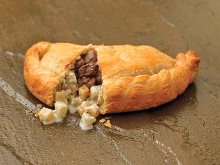 Crantock Bakery: Steak & Stilton pasty